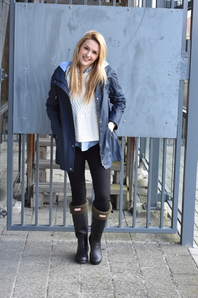 Looks - How to rain wear boots fashionable video