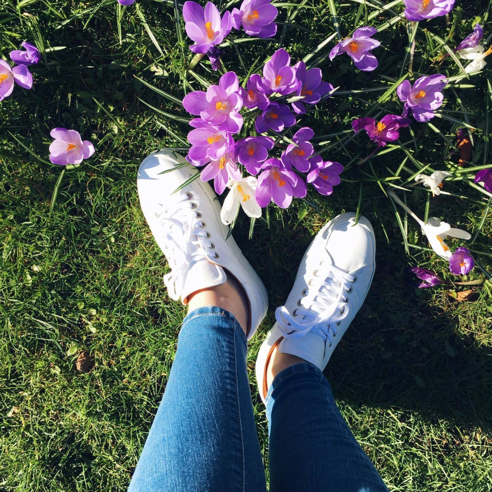 White Sneakers & Extremely Sunny Weather, Happy Spring!