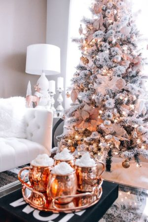 Christmas table settings & Vibes